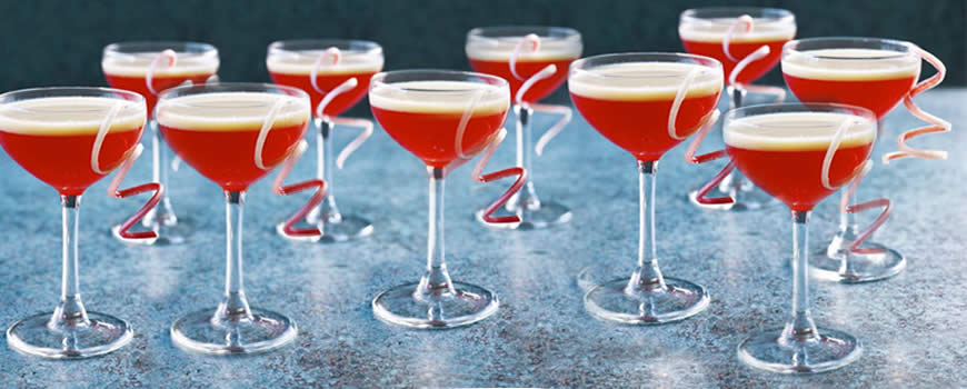 Rhubarb & custard cocktail